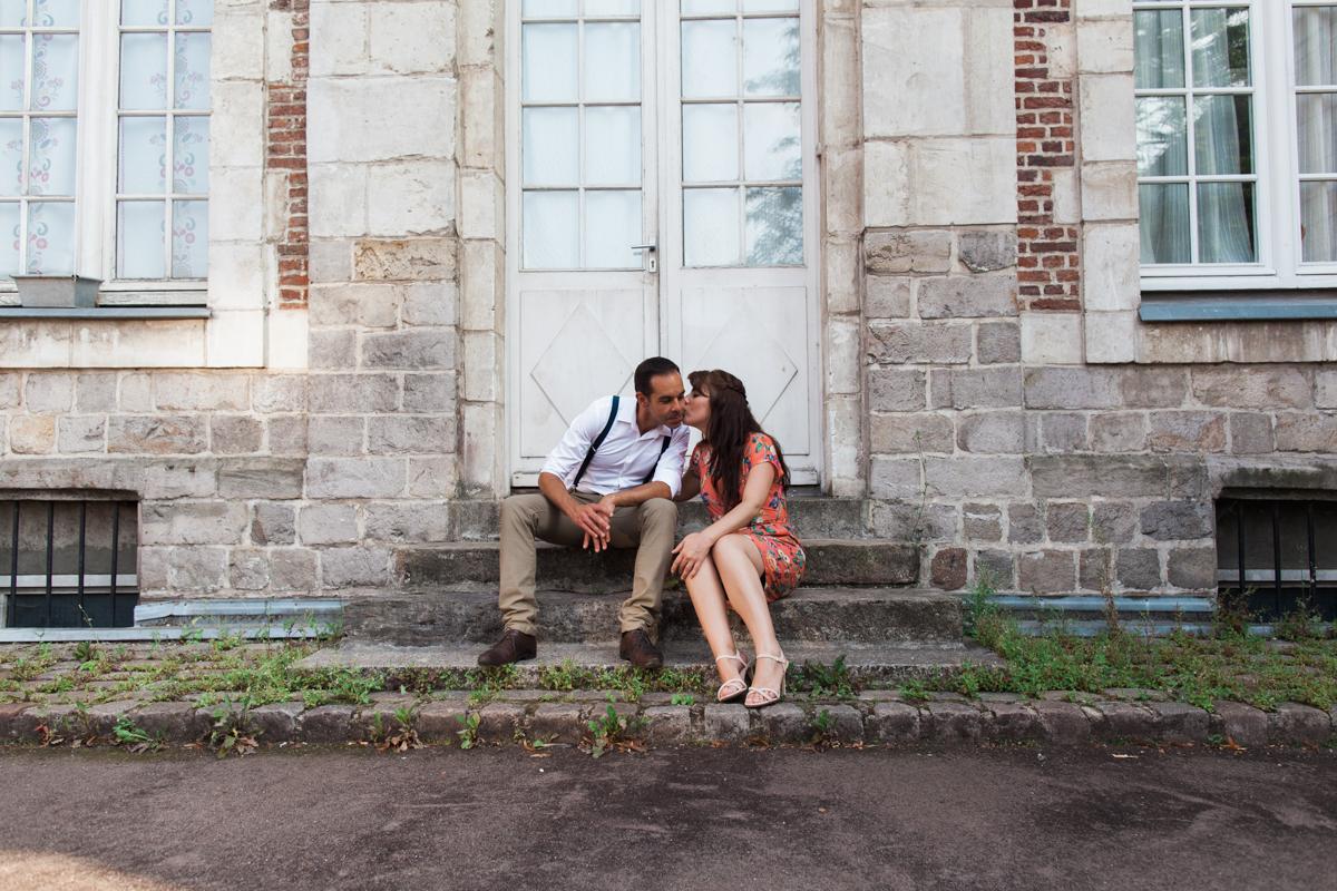 Séance-engagement-dans-le-vieux-Lille-Marine-Szczepaniak-Photographe-mariage-Nord-Pas-de-Calais-93